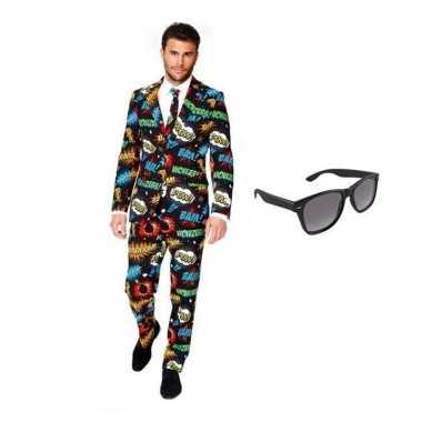 Heren verkleedkleren met comic print maat 50 (l) met gratis zonnebri