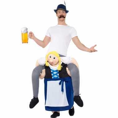 Oktoberfest verkleedverkleedkleren man op bayerische vrouw