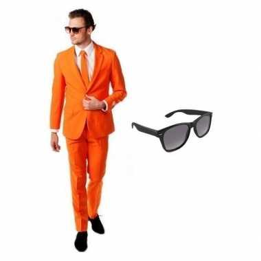Oranje heren verkleedkleren maat 50 (l) met gratis zonnebril