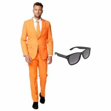 Oranje heren verkleedkleren maat 56 (xxxl) met gratis zonnebril