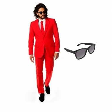 Rood heren verkleedkleren maat 48 (m) met gratis zonnebril