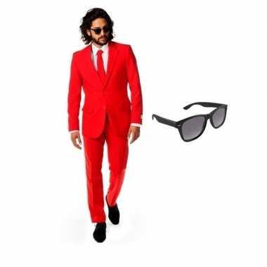Rood heren verkleedkleren maat 50 (l) met gratis zonnebril