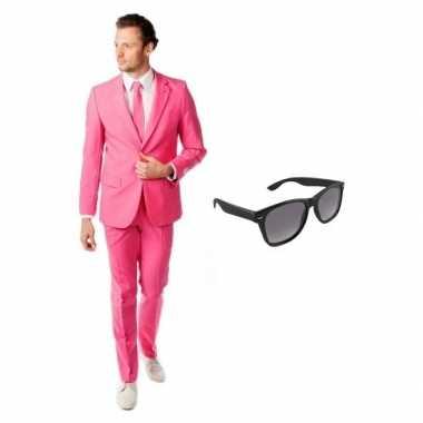 Roze heren verkleedkleren maat 52 (xl) met gratis zonnebril
